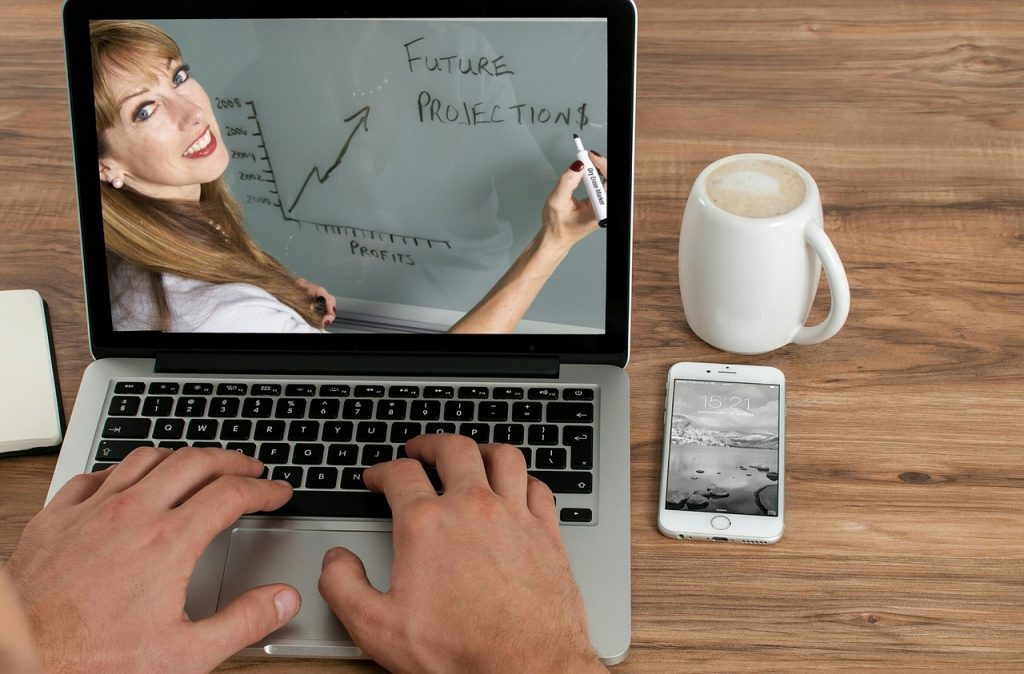 Online Tuitions   17+ Business ideas for women in India